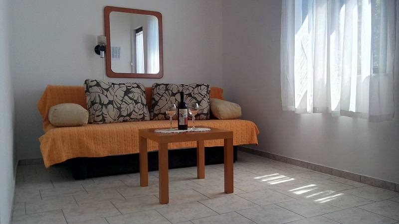 Croatia house for rent Karlobag Ribarica room 22