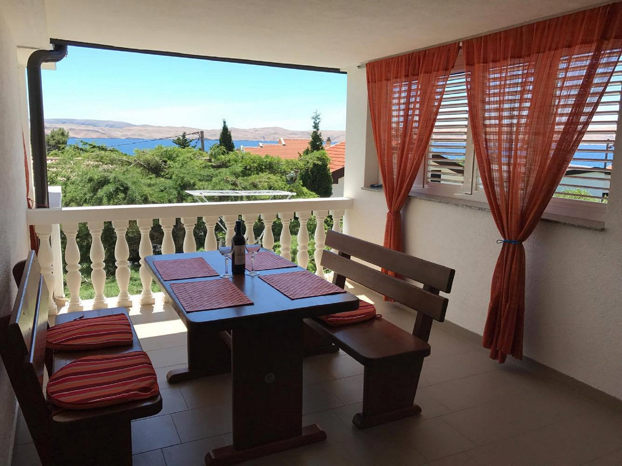 Croatia house for rent Karlobag terrace